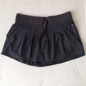 Lululemon Grey Pleated Tennis Skirt Womens Size 8